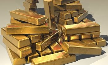 Gold Prices Stay Supported Despite Less Demand
